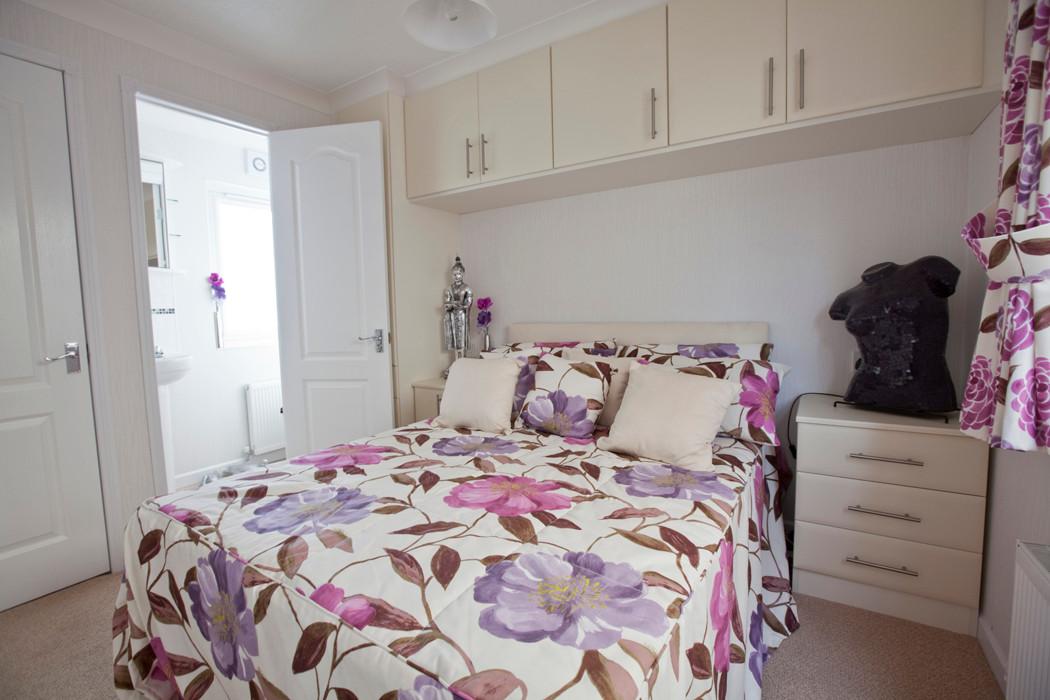 Salisbury Executive Lodge Master Bedroom
