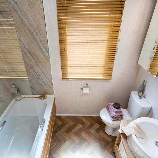 Rivendale lodge toilet