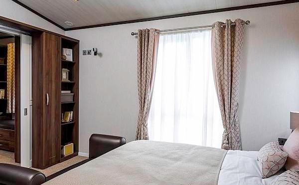 Pemberton Glendale Luxury Lodge bedroom