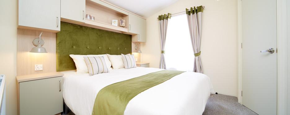 Atlas Debonair Luxury Lodge Royal Arch Riverside Park