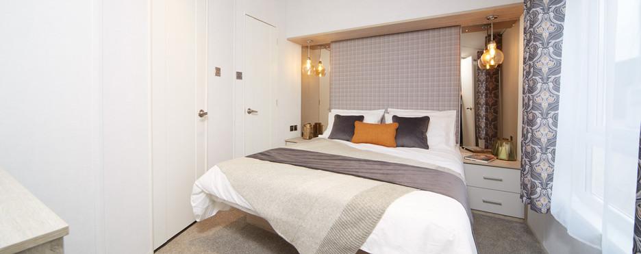 Ovation Atlas lodge bedroom