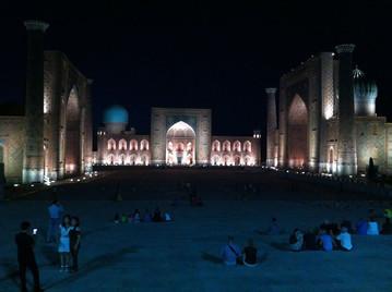 Registan Square, Bibi-Khanum Mosque