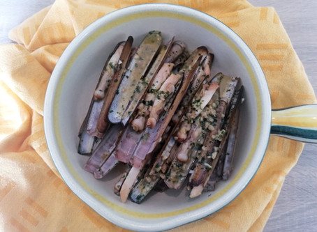 Sauteed Razor Clams with Garlic and Parsley