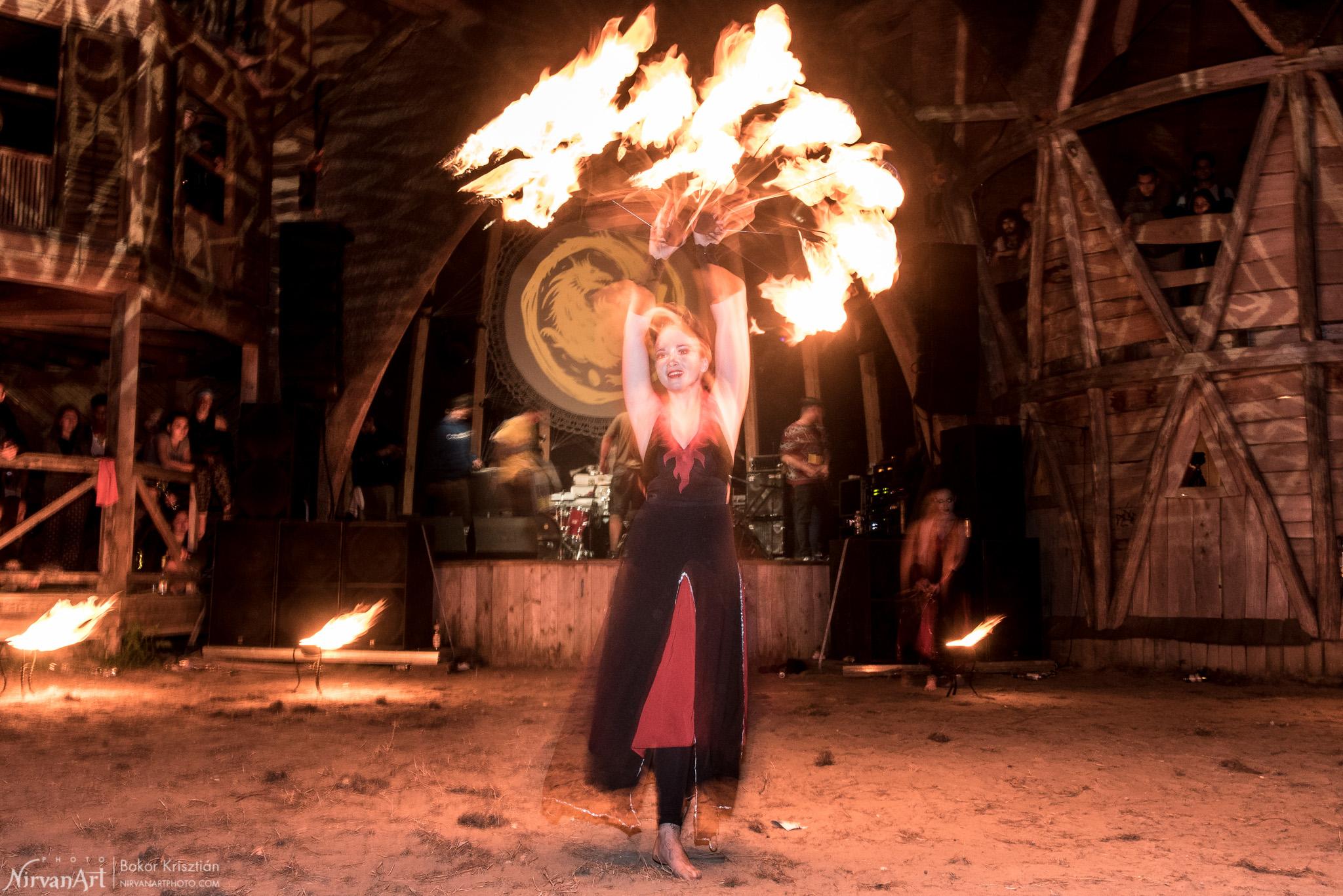 fireshow-4