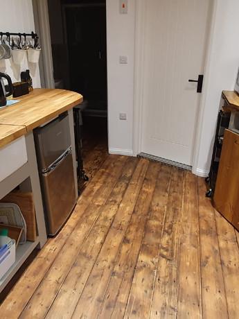 nest kitchen table down.jpeg