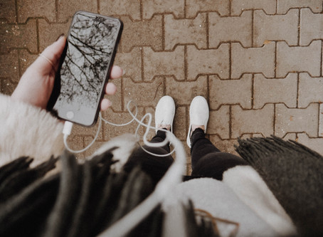 6 Podcasts I am listening to right now