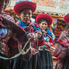 1310 Indigenous Women--Peru