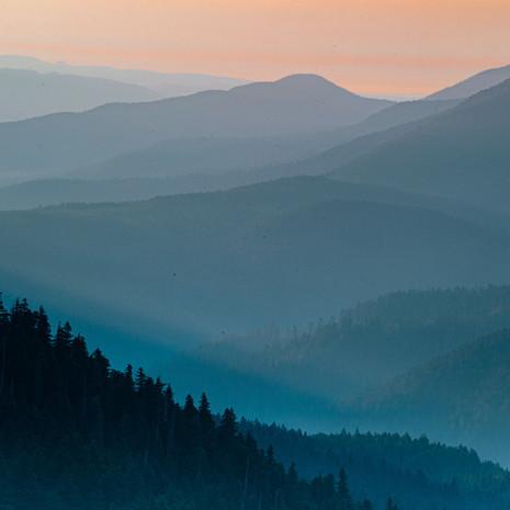 1437 Hurricane Ridge--Sunrise in Blues and Pinks