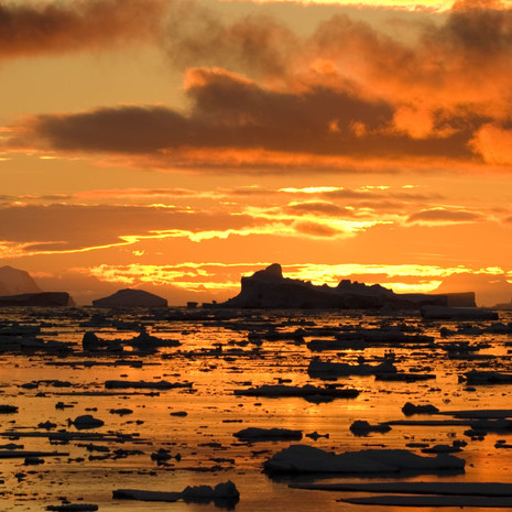 904 Antarctic Sunset--Midnight Sun--Penola Strait--Antarctic Peninsula