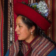 1323 Quechua Weaver--Indigenous Woman--Cuzco--Peru