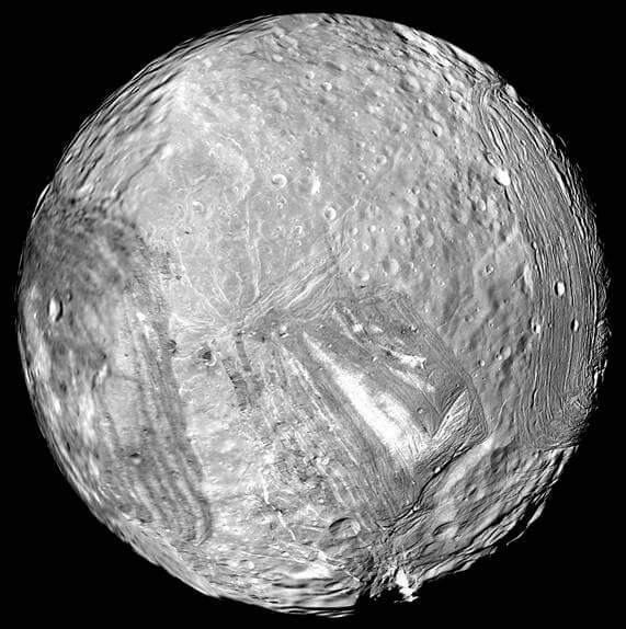 Miranda | Image credit: NASA/JPL-Caltech