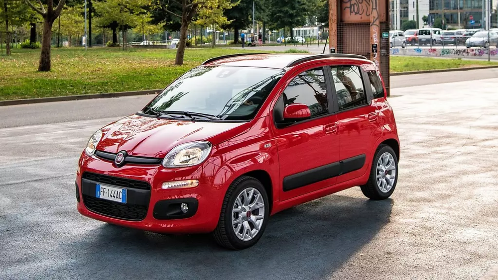 """Panda doesn't sell badly, but suffers from a bit of an """"unfair"""" rating from Euro NCAP. It is not a dangerous car, moreover, it is reliable and simple"""