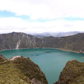 How to Love Trekking the Quilotoa Loop
