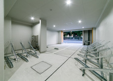 E2ビル 駐車場・駐輪場
