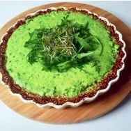 Erwten kaas quiche met bloemkool quinoa bodem
