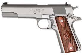 Polymer vs Steel Handguns. Which is the best?!