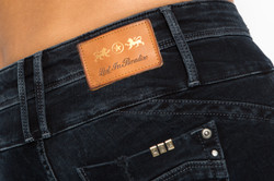 Lost in Paradise Jeans Details Rückseite