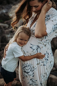 Gemma Rose Photography - Maui Photographer Maternity Family Pregnancy