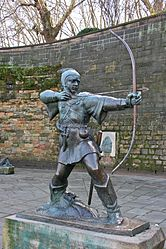 166px-Robin_Hood_statue,_Nottingham_Castle_1