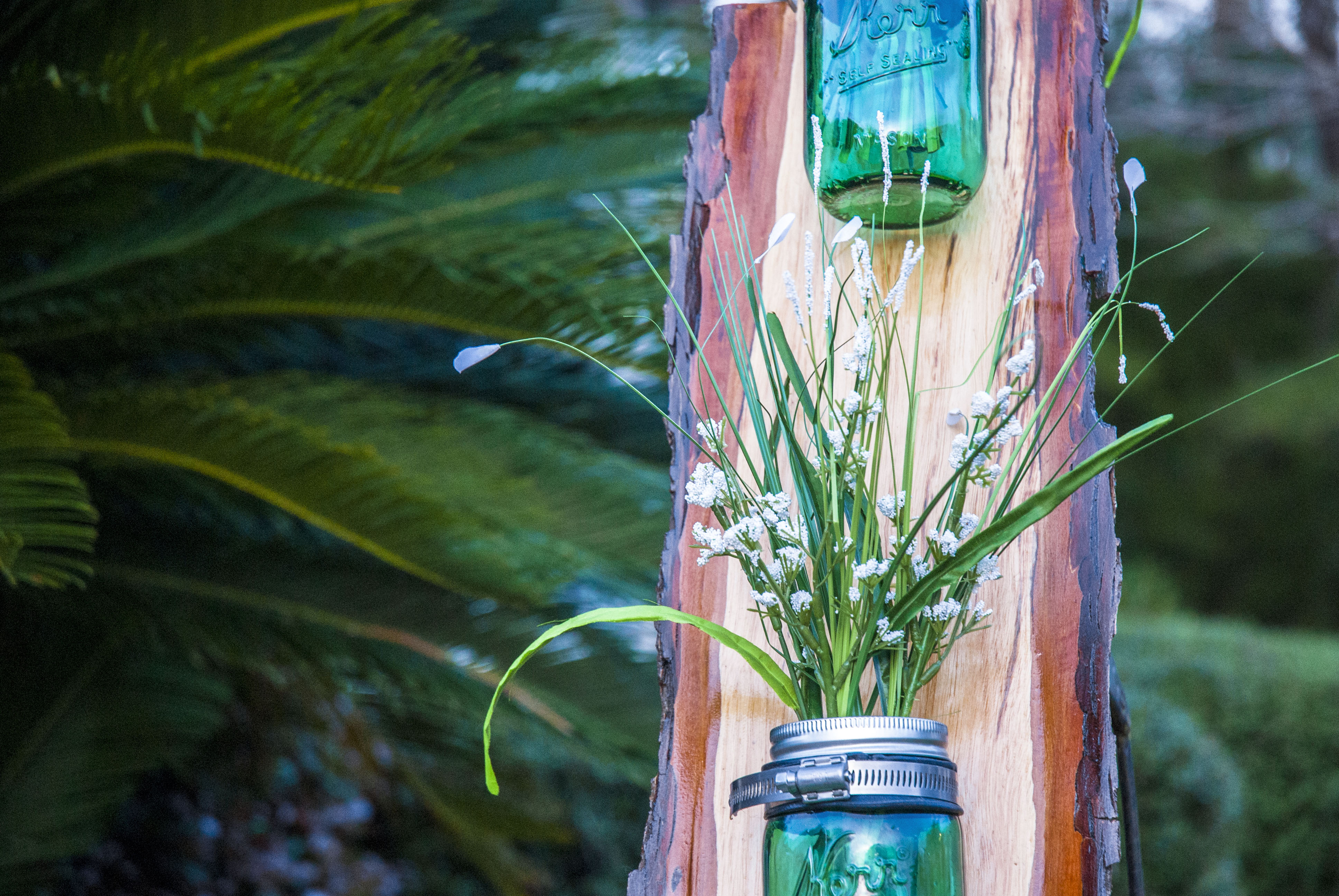 Pine Accent Holder