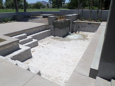 Swimmming Pool Service & Repair fixing pool equipment, a pump that won't prime and a filter with high pressure in Scottsdale, AZ.
