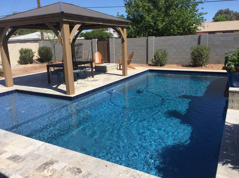 Contemporary L Shape Pool with Long Bench and Sun Shelf