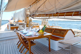 Midship Dining