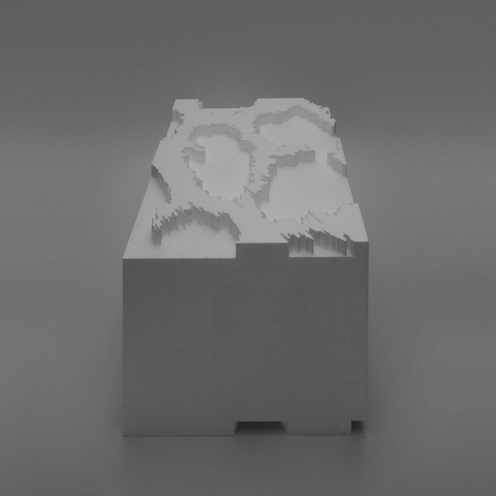 13_Zoopol_giraffe model.jpg