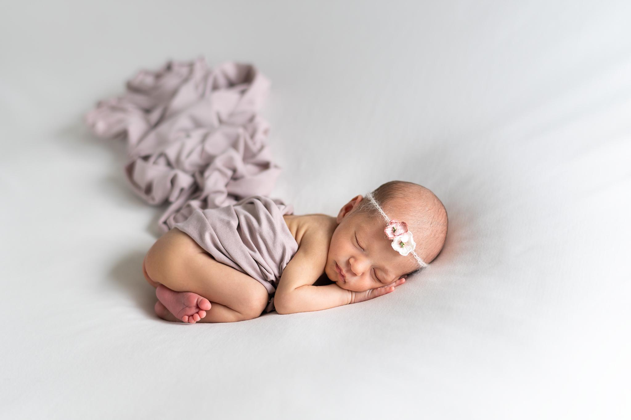 Nyfødtfoto av fotograf Gitte Boge