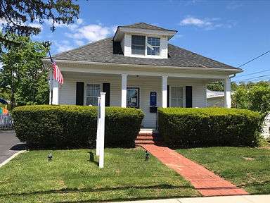 The Smithtown office of Ron Reed, Long Island New York's top rated résumé writer who is a Certified Professional Résumé Writer (CPRW) and a Long Island resume writer who lives in Suffolk County. Jobs.