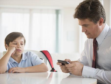 Cómo acercarte a tu hijo en la época de la tecnología