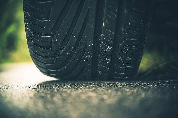 modern-car-tire-on-the-road-PZCWCUQ.jpg