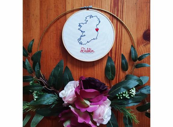 custom-enbroidery-hoop-art-personalised-christmas-gift-1