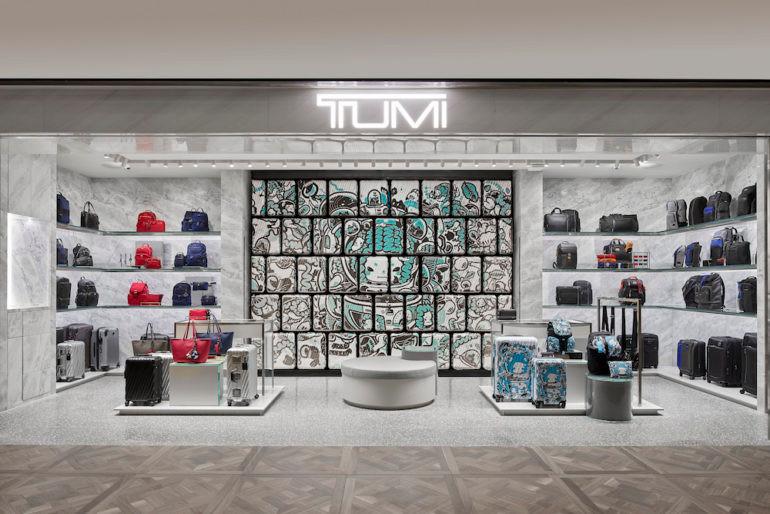 TUMI K11 Musea Store display