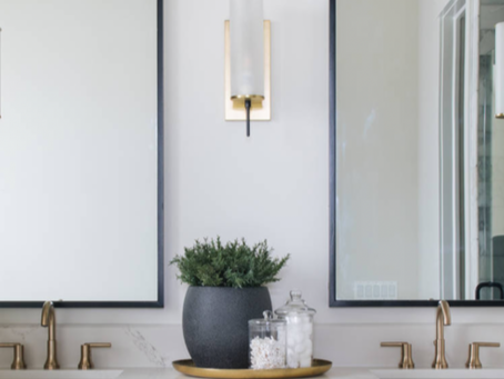 Gold faucets and marble countertops bring the beauty out !