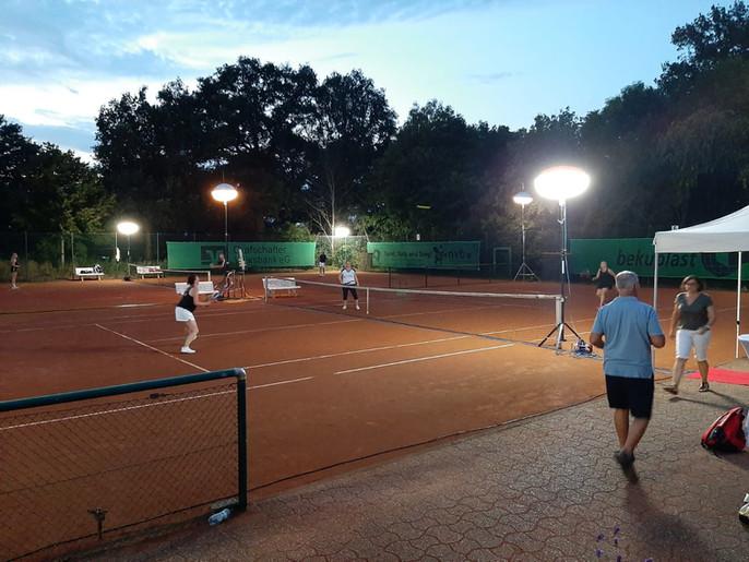 24 Stunden Tennis für Ruanda