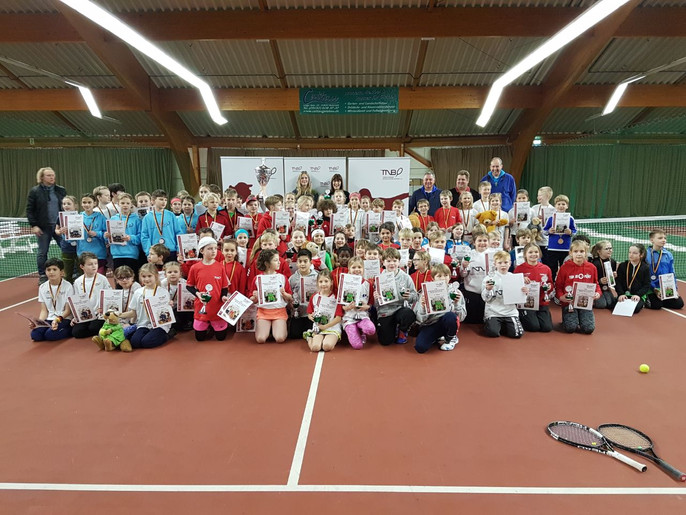Großer Erfolg der Tennisregion DEV in Isernhagen