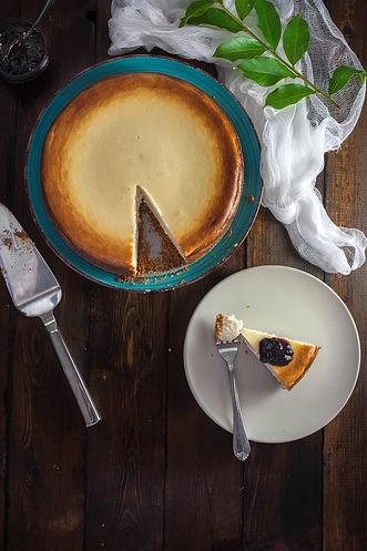 cheesecake-table-dessert-cream-162688.jp