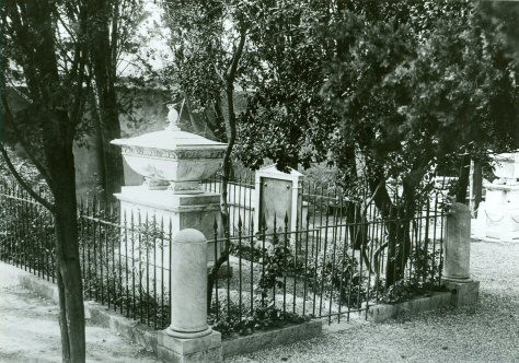 James Smithson's Grave in Genoa, Italy. Photo courtesy of Smithsonian Institution