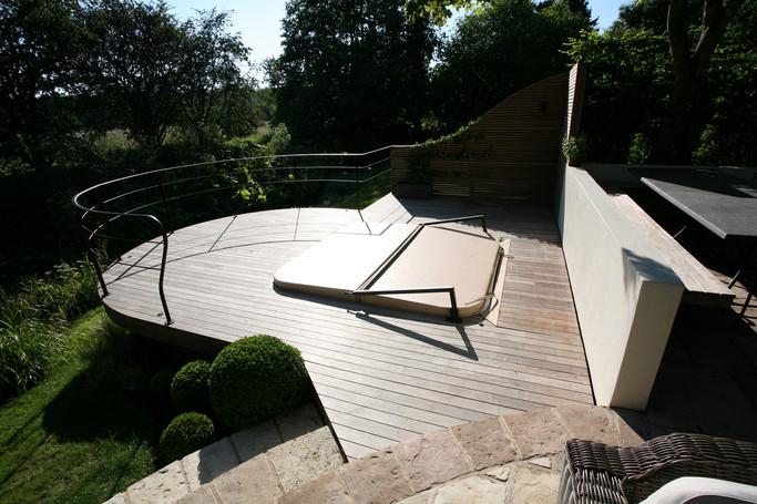 Garden Designer & landscaper norwich norfolk.jpg