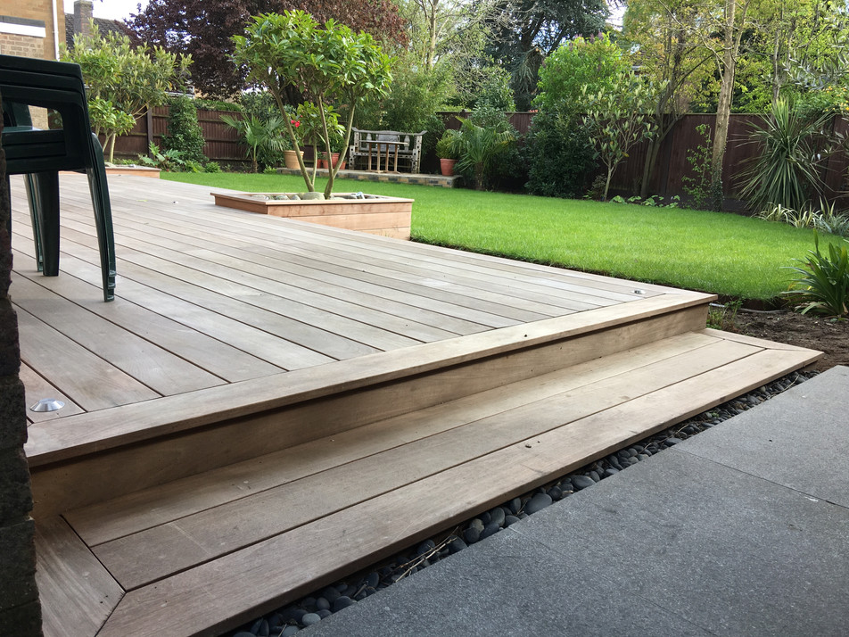 we caried the clean lines through to the rear garden