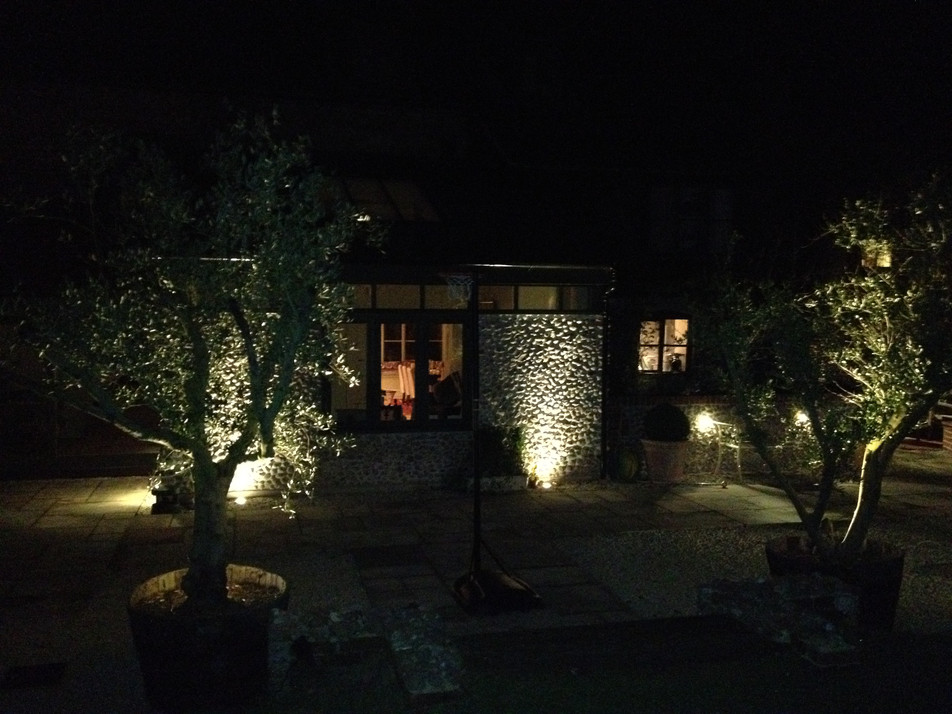 garden lighting design norfolk