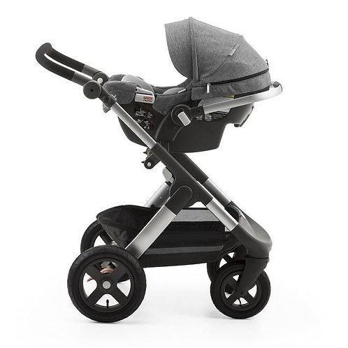 Carrinho Stokke Trailz com Bebê Conforto Nuna