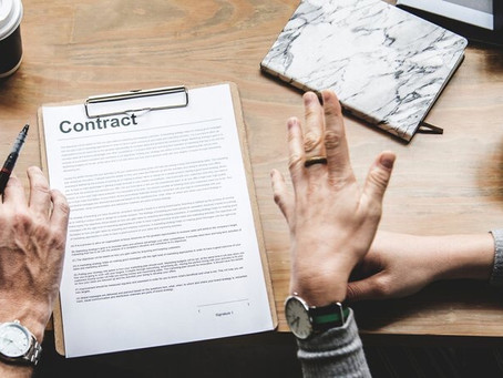 Things to do before signing your wedding contract
