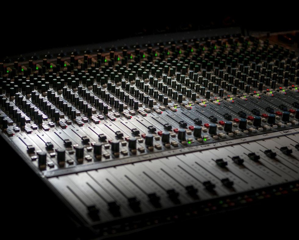 Sound%2520equipment_edited_edited.jpg