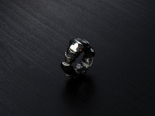 Shattered diamond ring