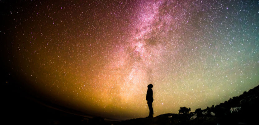 man-staring-at-a-starry-sky_edited_edite