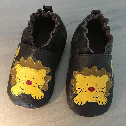 Chaussons lion en cuir