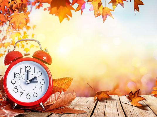 ¿Sabías que el cambio horario de otoño afecta a tu visión?