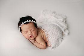 Hutto TX newborn photographer